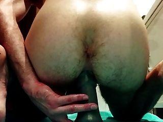 बड़ा dildos के साथ मेरे गधे कमबख्त और मुट्ठी करने की कोशिश