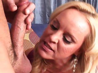 बड़े स्तन milfs बकवास कठिन 2