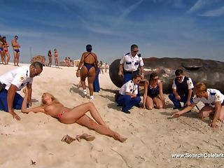 Irina Voronina टॉपलेस - रेनो 911!मियामी (2007)