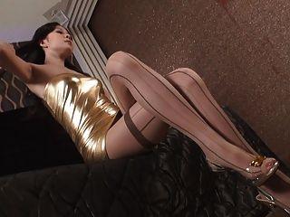 एशियाई ग्लैमर - सुंदर युवा लड़कियों सेक्सी कपड़े v1 में