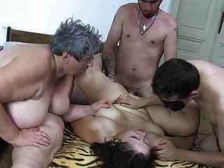 oldnanny मोटा बूढ़ी औरत, मांसल परिपक्व और दो लड़के