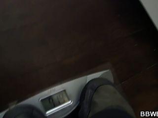 बड़ी लूट फैटी शॉवर में खराब कर दिया है