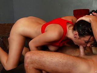 सेक्सी किशोरों उसे तंग बिल्ली बढ़ा हो जाता है