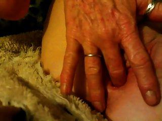 एनी उसके योनी छूत