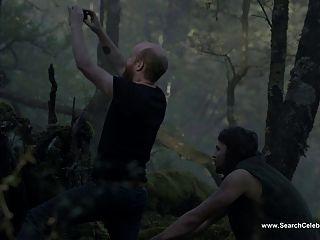 Elisabeth नग्न काई - झील S01E05 के शीर्ष