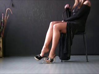 सेक्सी लड़कियों को सेक्सी हील्स 4 में