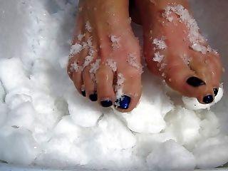 बर्फ पैर यातना