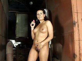 बालों वाले योनी में गुलाबी dildo