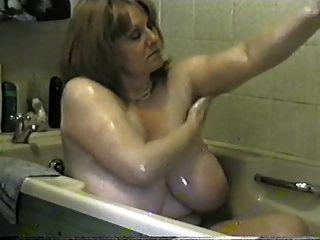टोनी उसे भारी स्तन soaping च।