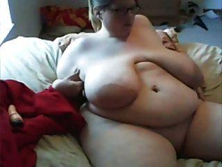 भारी स्तन के साथ SSBBW - लघु संस्करण