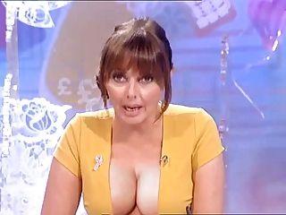 कैरल बड़े स्तन Vorderman