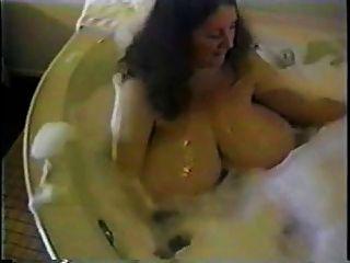 भारी स्तन