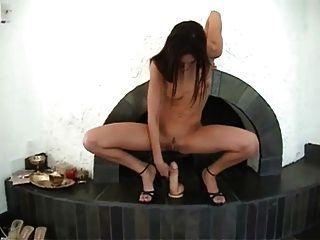 क्रूर dildos टेलर बारिश - टर्मिनल