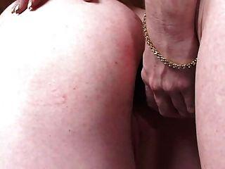 बदसूरत आदमी मालकिन पेग उसकी कुंवारी गधा देता है