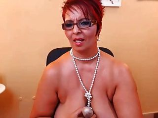 विशाल saggy स्तन
