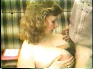 Busty milf मौखिक सेक्स