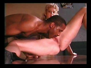 Randi तूफान - एक बड़ा डिक के साथ गर्म सेक्स