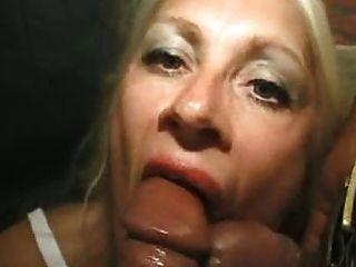 grannies जवान लंड चतुर्थ प्यार करता है