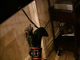 उप टेबल पैर PT3 से बंधा