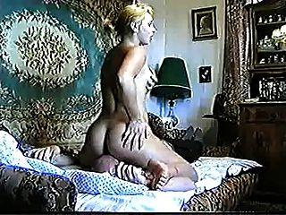 रूसी महिला Felichita facesitting