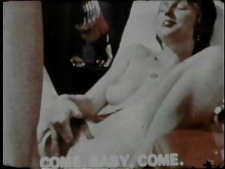 विंटेज: डेनिश नंगा नाच
