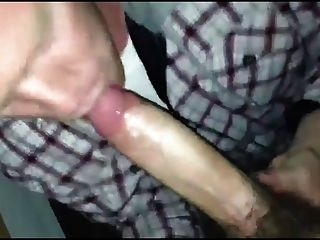 परिपक्व आदमी चूसने युवा लड़के