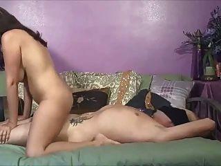 भारत से महिला बकवास करने के लिए पसंद करती है