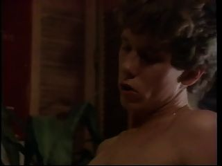 विंटेज: डायमंड क्लिप एक दोस्त के घर पर एक रात