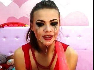 पागल डीप गले महिला 1
