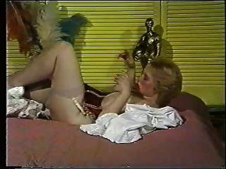 80 के दशक से बड़े boobed गोरा सोलो
