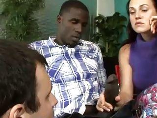 पत्नी पति दिखा काला मुर्गा चूसना करने के लिए कैसे