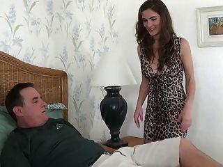 बेटी को उसके एक बच्चे भाग 1 WF देने के लिए डैडी चाहता है