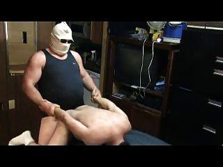 बड़े आदमी एक लड़का गड़बड़