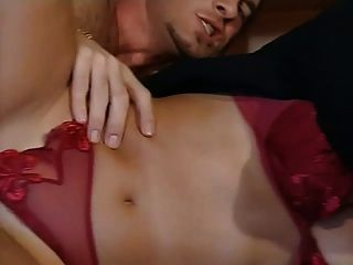 जेसिका गेल - इतालवी कुतिया बेकार है और दो लंड fucks
