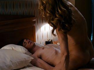 हेलेन हंट पूर्ण ललाट सत्र में नग्न