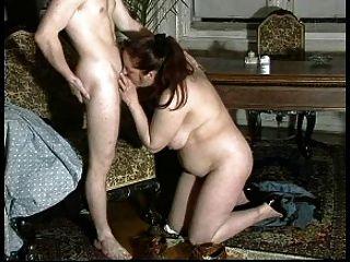 सेक्सी माँ N93 श्यामला एक युवक के साथ परिपक्व
