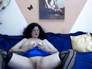 Webcam - भारी स्तन चिढ़ा के साथ 46 साल पुराने परिपक्व