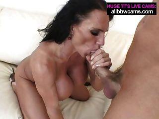 Lissa उसके होंठ और विशाल स्तन 2 पं साथ fucks