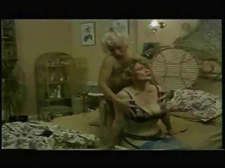 लिन आर्मिटेज चाची जेन के रस के लिए पागल (1)