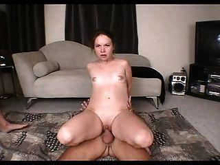 2 लंड 1 गर्म लड़की