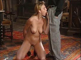कैरोल tredille गुदा मैथुन (मिस फ्रांस 1985 में उपविजेता)