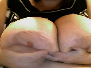 भारी स्तन SSBBW