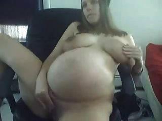 वेब कैमरा 2 पर भव्य गर्भवती लड़कियां
