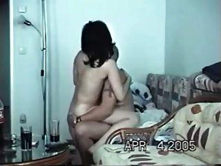 घर में एक वेश्या के साथ सेक्स