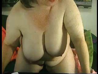 वेब R20 पर फैट दादी