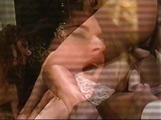 खूबसूरत औरत दो छेद में गड़बड़ जा रहा है।