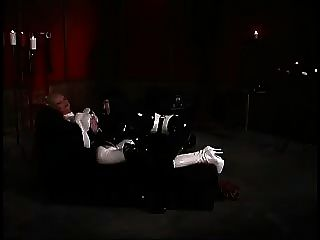 किंकी कंडोम समलैंगिक प्रेमियों उनके गुलाम के साथ खेलते हैं