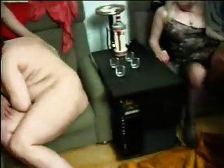 परिपक्व रूसी खुशमिजाज आदमी - शौकिया सेक्स वीडियो