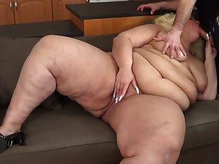बड़ा पेट के प्रशंसकों के लिए - 23