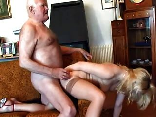 पुराने दादा युवा गोरा fucks